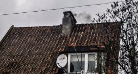 Dymi się z kominów. Często dość niebezpiecznie